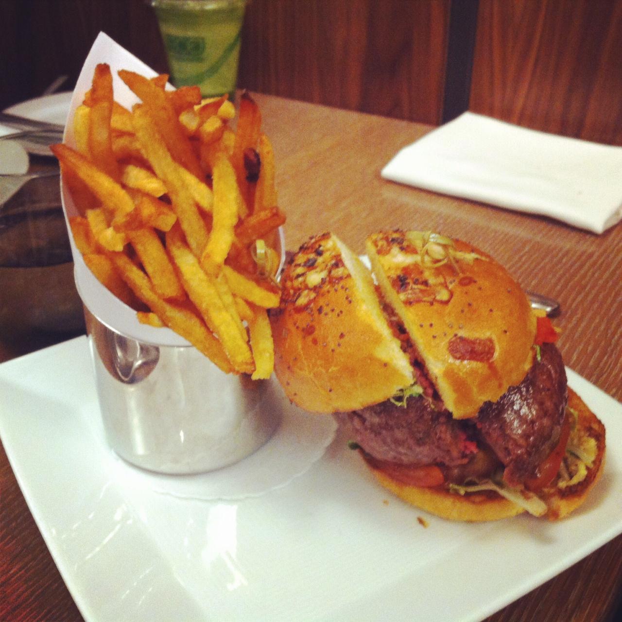 The Original DB Burger - DB Bistro Moderne