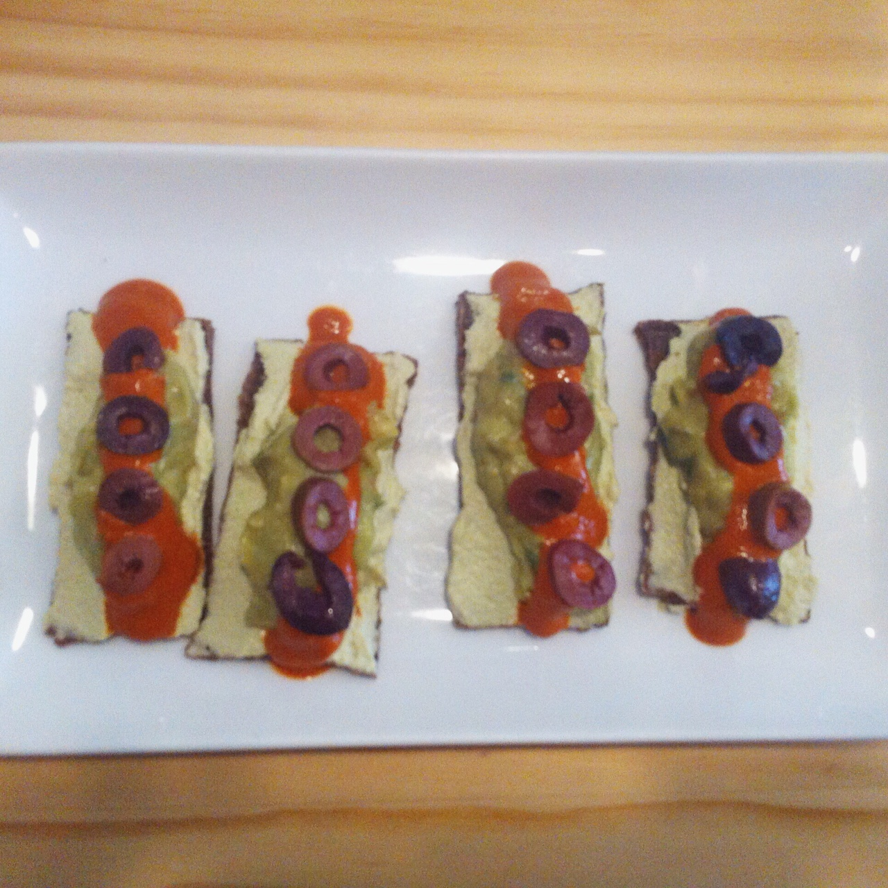 Raw Mediterranean Nachos, Quintessence