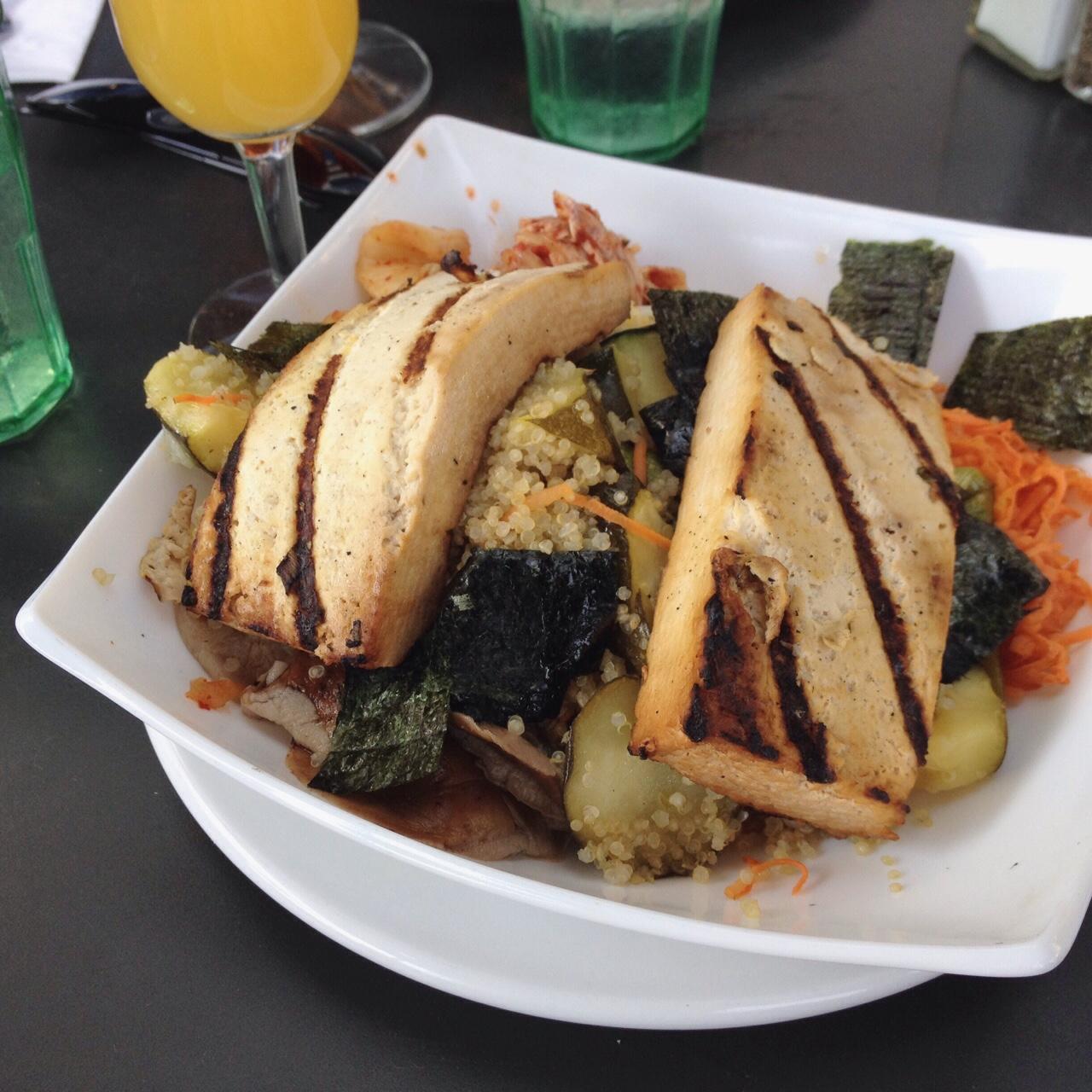Quinoa & Tofu Bibimbap, Open City