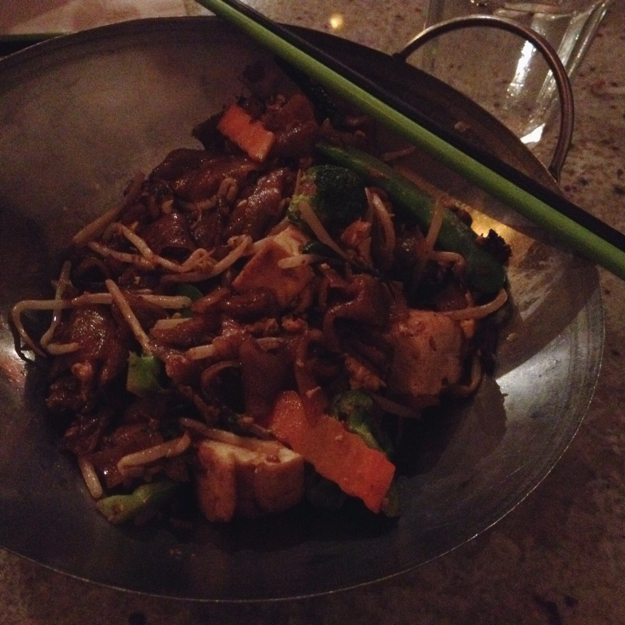 Char Kway Teow, Laut