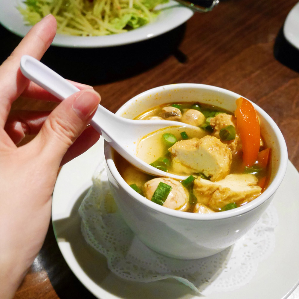 Tom Yum Soup, Thai Select