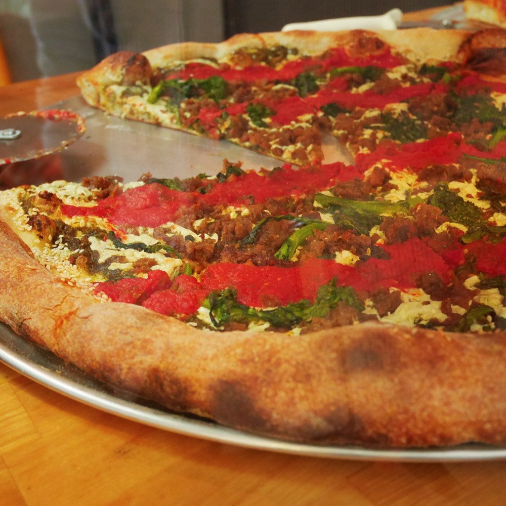 Clean Slide Pizza, Screamer's Pizzeria