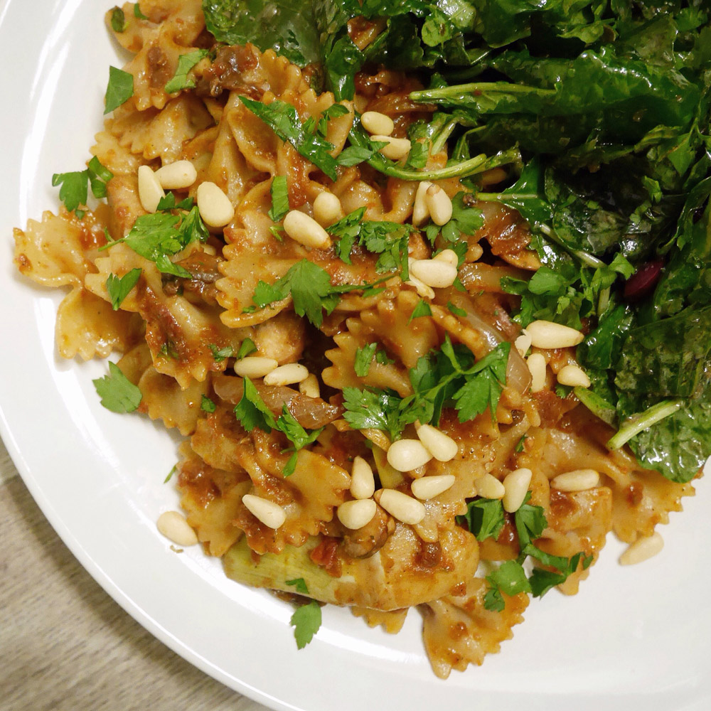 Sundried Tomato Farfalle - Green Chef Organic Food Delivery