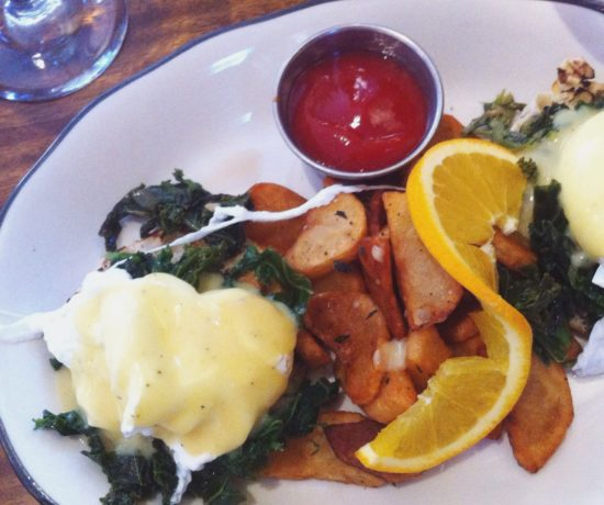 Hamilton Inn, Eggs Benedict with Kale