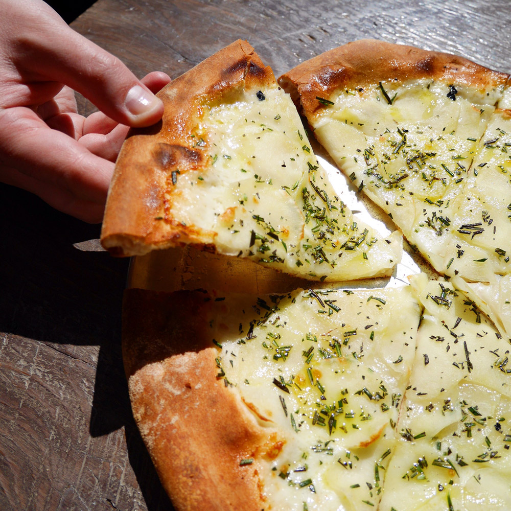 Potato & Rosemary Pizza, Via Vai