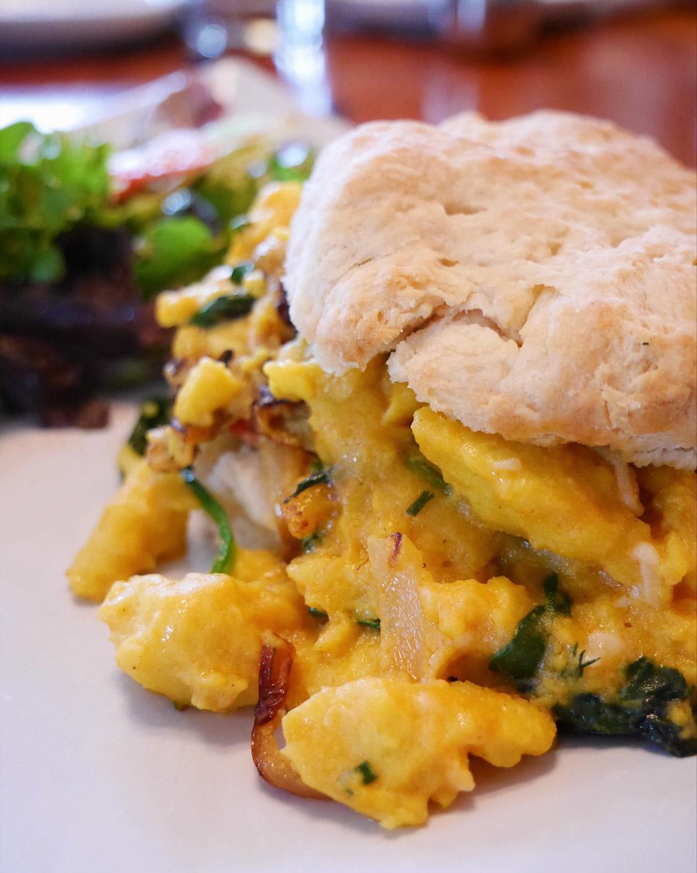 Epif Vegan Brunch - Breakfast Sandwich